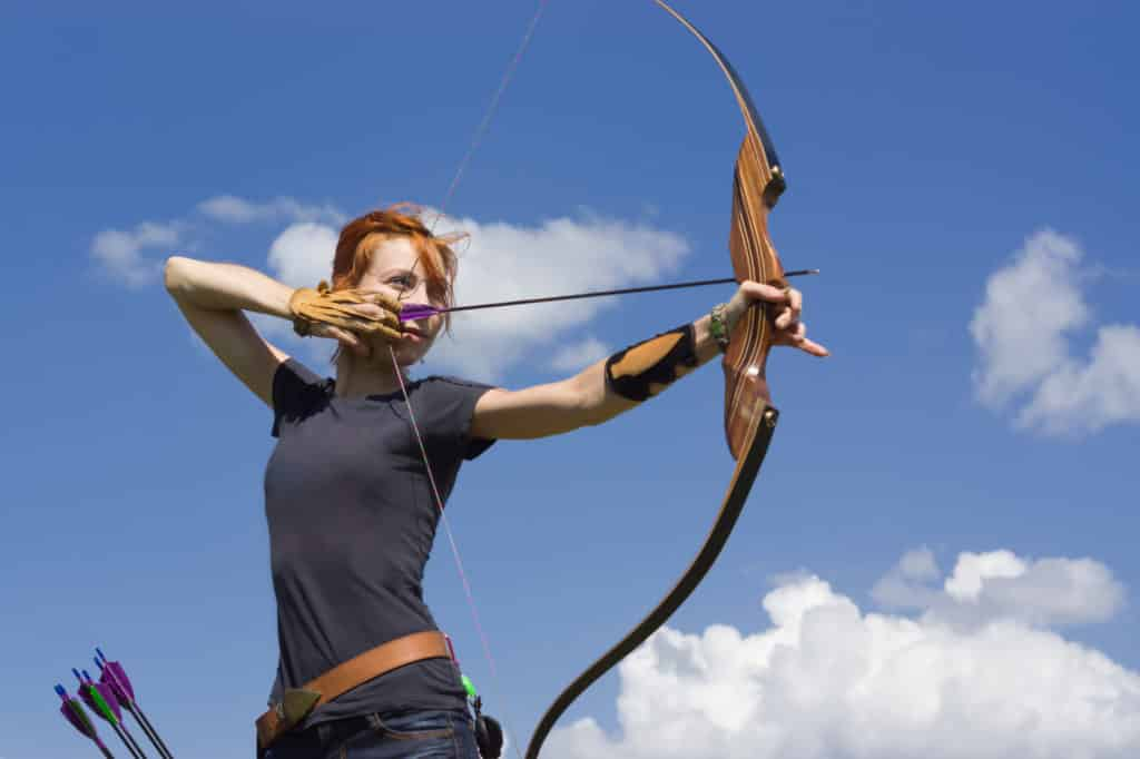 Bogenschießen-Frau